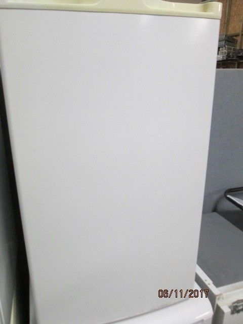 *+NADZ*ARGOS UNDERCOUNTER FRIDGE ONLY/FREE LOCAL DELIVERY/WARRANTY/FREE LOCAL DELIVERY/ VERY CLEAN/