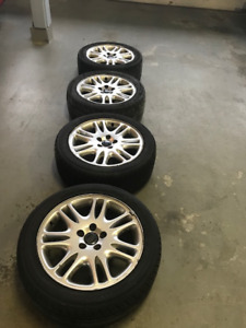 Four wheels and tires 235 45 R17
