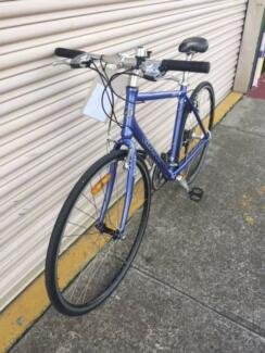 Giant unisex flat bar road bike - Refurbished Port Melbourne Port Phillip Preview