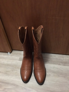 cowboy boots leather Ariat