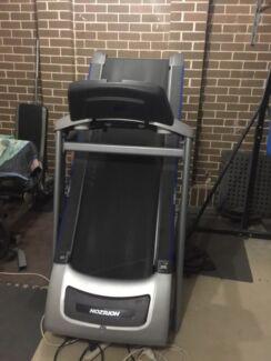 Treadmill - Horizon