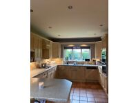 FULLY FITTED KITCHEN - EX SHOW HOUSE FIT - NEEDS TO GO BY SUNDAY 25 OCTOBER!,