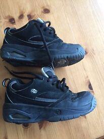 Child Black Heelys - UK Size 2