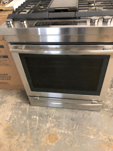 "30"" Jenn Air  Euro slide in all gas range. JGS1450FS"
