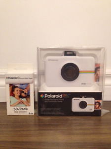 NEW Polaroid Snap Instant Digital Camera & 50 pack ZINK film