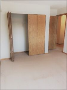 GREAT 2 Bdrm Suite - ONLY $1169.00 - Pet Friendly in Lakewood!
