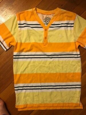 LRG Boys T-shirt   size M  for boy  10-12 years