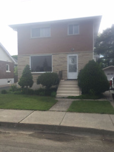 Open House Tues. and Wed June 20 and 21st 6 -8 Legal 2 bdrm Up