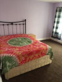 king size room to let near stratford
