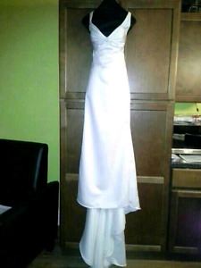 4 Brand New Wedding Dresses, 2 Formal Gowns, Men's & Boy's Shoes