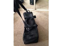 Bagpipe case- ideal basic case for beginners, good condition, for easily carrying your instrument