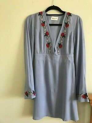 Blue Dress with Embroidery Zebra & Roses Size Small from Kiss the Sky 100% Rayon