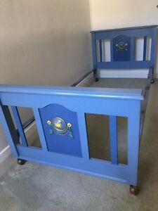 Vintage Timber Single Bed Frame Highfields Lake Macquarie Area Preview