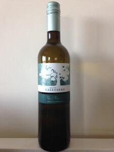 Une-bouteille-de-Monte-Carbonero-2016-blanc-Castilla-La-Mancha-Espagne
