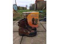 Prologic Max 4 polar zone fishing boots