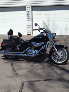 2005 Suzuki C90T Boulevard - Mustang Seat with Driver backrest