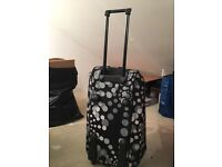 Large Spotty Trolley Holdall