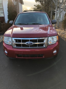 "2008 FORD ESCAPE !!! HANDY MANS SPECIAL""$1400"