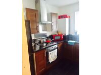 Stunning 2 Bedroom Flat - 8 Mins From Leyton Station E10 - Excellent Condition