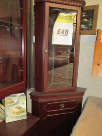 ***DISCOUNTED+++ LIVING ROOM/DINING ROOM CORNER WALL UNIT***