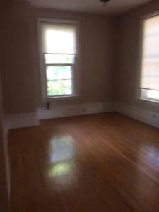 Spacious 2 bdrm in Century old Triplex; close to river/downtown Stratford Kitchener Area image 7
