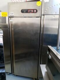 1 DOOR STAINLESS STEEL UPRIGHT FRIDGE (ARTICA) AST089