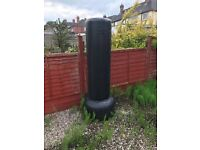 Free standing kick boxing bag