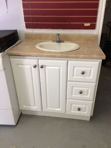 Kitchen Cabinets/Vanity