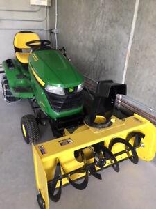 John Deere Snowblower Tractor
