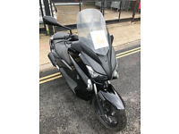 2015 Yamaha YP125-R X-MAX yp 125 r xmax in Black great condition
