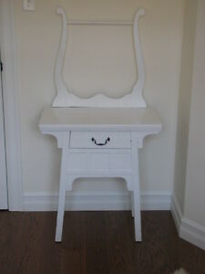 Wash stand  (NOW REDUCED TO SELL AT $190.00)