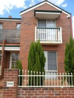*****Joondalup City North - Townhouse******