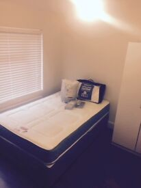 CLEAN DOUBLE BEDROOM for OVER 35s 600pcm DSS WELCOME! ALL BILL INCLUDED! NO DEPOSIT!!