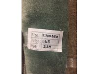 Green soft touch carpet remnant - 2.70x3.50m - £65 - Ref 229