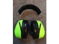 3M Peltor Optime III ear defenders - never used