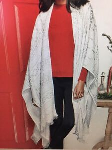 Reversible Wrap/blanket - Avon