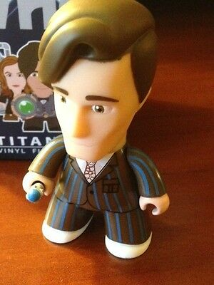 DR Who Titan vinyl mini-figures - 2014 SDCC exclusive 11th Doctor in 10th outfit - Dr Who Outfits