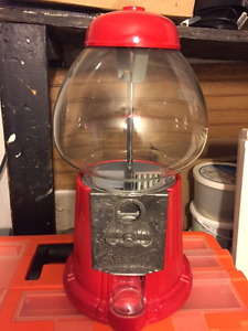 1985 Vintage Carousel Gum Ball Machine Glass