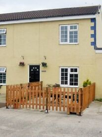 FURNISHED COTTAGE TO RENT IN SOMERSET. INCLUSIVE OF ALL BILLS. 2 BEDS. £750/MONTH. AVAILABLE 1ST FEB