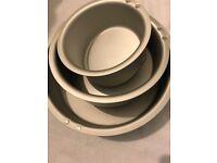 Lakeland set of 3 anodised aluminium Topsy-turvy cake pans - brand new, never used.