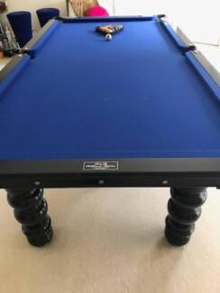 Pool Table/Billiard Table on Italian Slate with all accessories