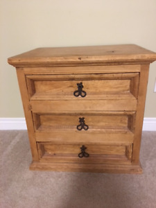 WOODEN SIDE TABLE or COFFEE TABLE . Or NIGHT STAND.