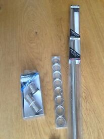 Curtain Pole - satin silver - easy glide rings - Finials - extendable supports - NEW UNOPENED