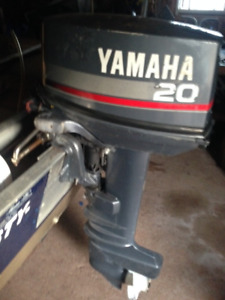 20 HP  YAMAHA Outboard comes with controls  FOR  SALE