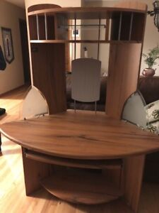 Beautiful Corner Desk Unit. Price dropped to $25 Firm from $75