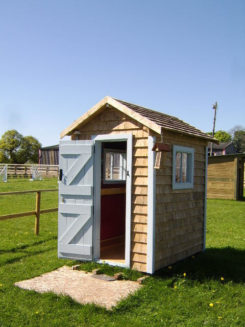 new bespoke garden shed insulated and with wooden shingle walls and roof - Garden Sheds Gumtree