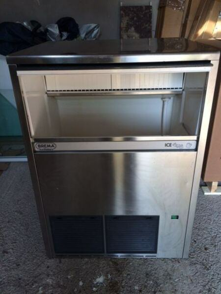 Ice Machine -75 Kgs with Large Integral Bin- Used but Good Condition - Delivery FOC