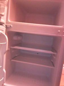 Mini fridge needs good home!!