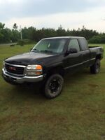 2004 GMC SIERRA 4X4 PARTING OUT