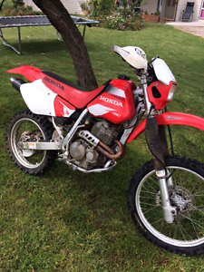 Honda xr400 Manilla Tamworth Surrounds Preview